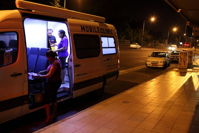 Mobile clinic van