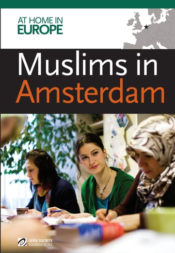 First page of PDF with filename: a-muslims-amsterdam-report-en-20101123_0.pdf